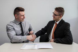 なぜ英語の資格は転職に有利なのか? 転職,英語,資格,50代