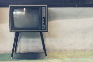 テレビにHDMI端子が無い場合は? u-next,テレビで見る,設定