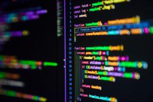 50代未経験でもプログラミングを学んで稼げる? 50代,プログラミングスクール